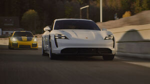 01/2020, Porsche Taycan Super Bowl 2020 Werbespot