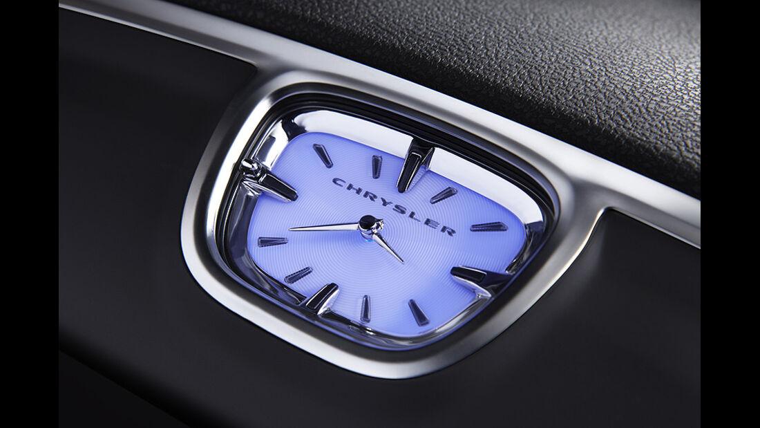 0111, Chrysler 300 C, Uhr