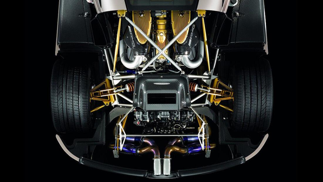 0111, Pagani Huayra, Motor