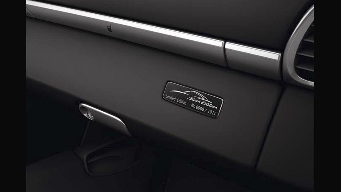 0111, Porsche 911 Sondermodell Black Edition, Plakette, Handschuhfach
