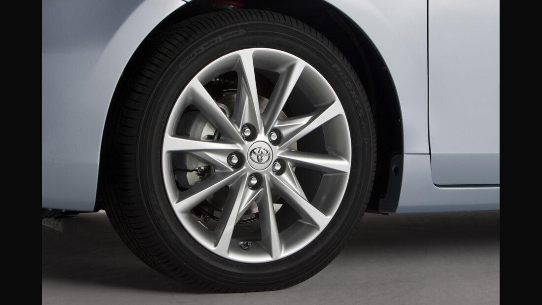 0111, Toyota Prius V, Felge, Rad