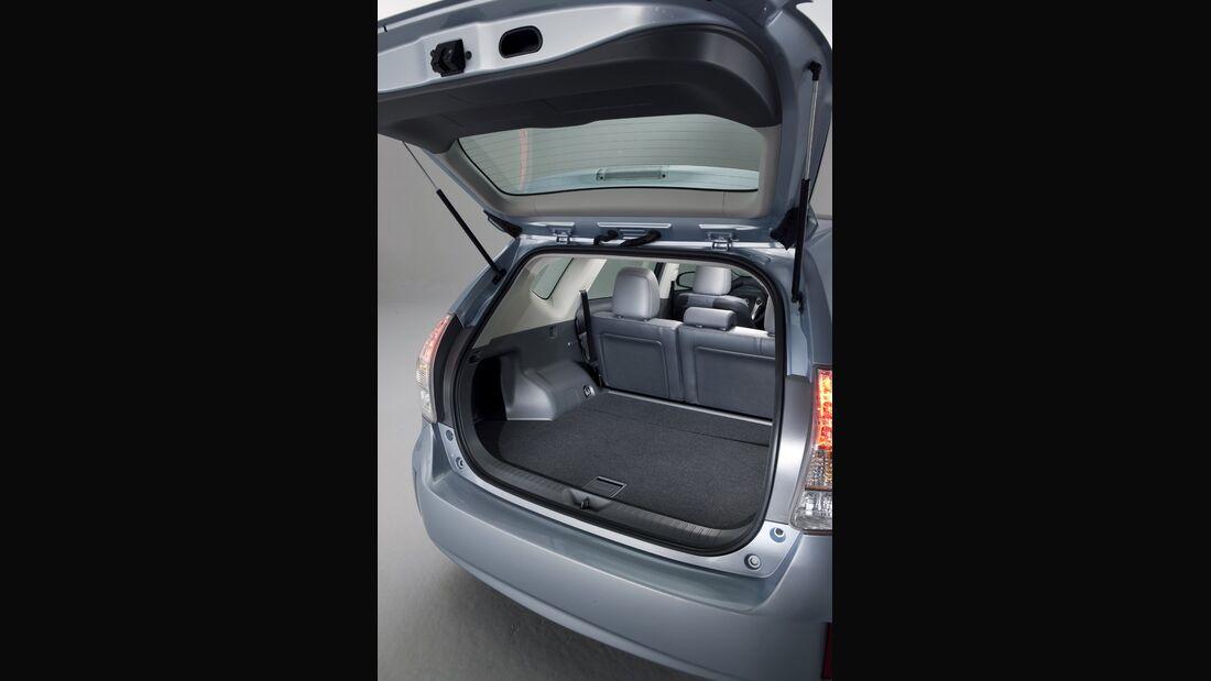 0111, Toyota Prius V, Heckklappe