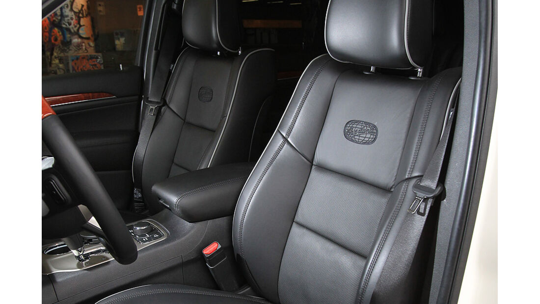 0111, ams 01/2011, Jeep Grand Cherokee 3.6 V6 Overland, Sitze