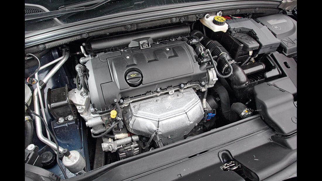 0111, ams 02/2011, Citroen C4 1.6, Motor