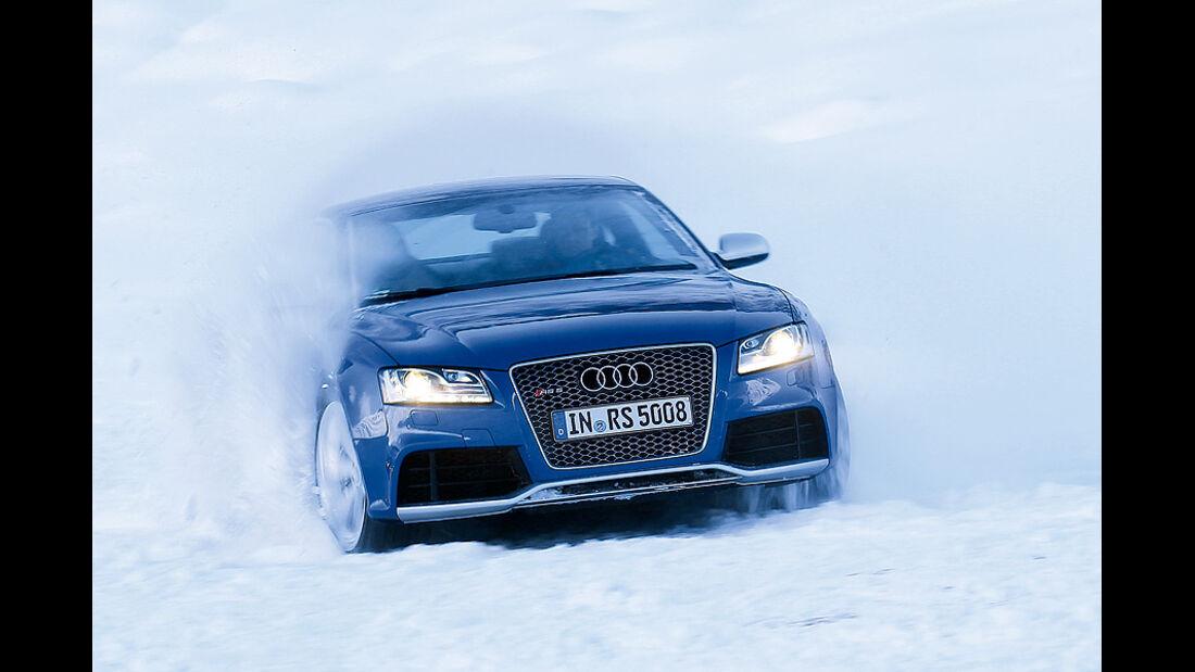 0111, ams 02/2011, Traktionsvergleich, Allradantrieb, Schnee, Audi RS6