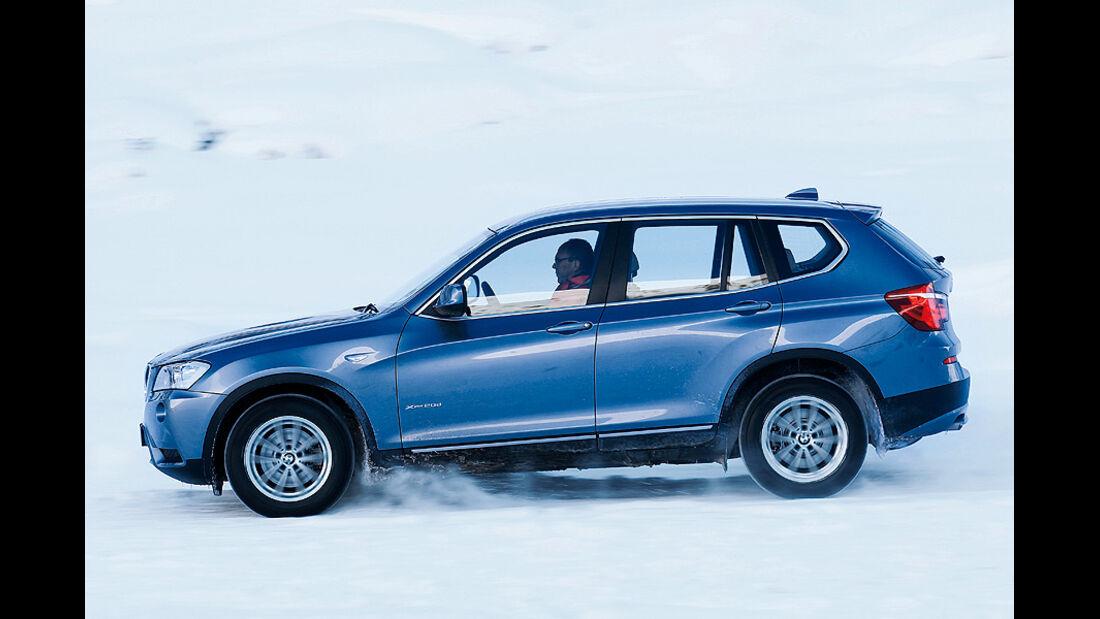 0111, ams 02/2011, Traktionsvergleich, Allradantrieb, Schnee, BMW X3