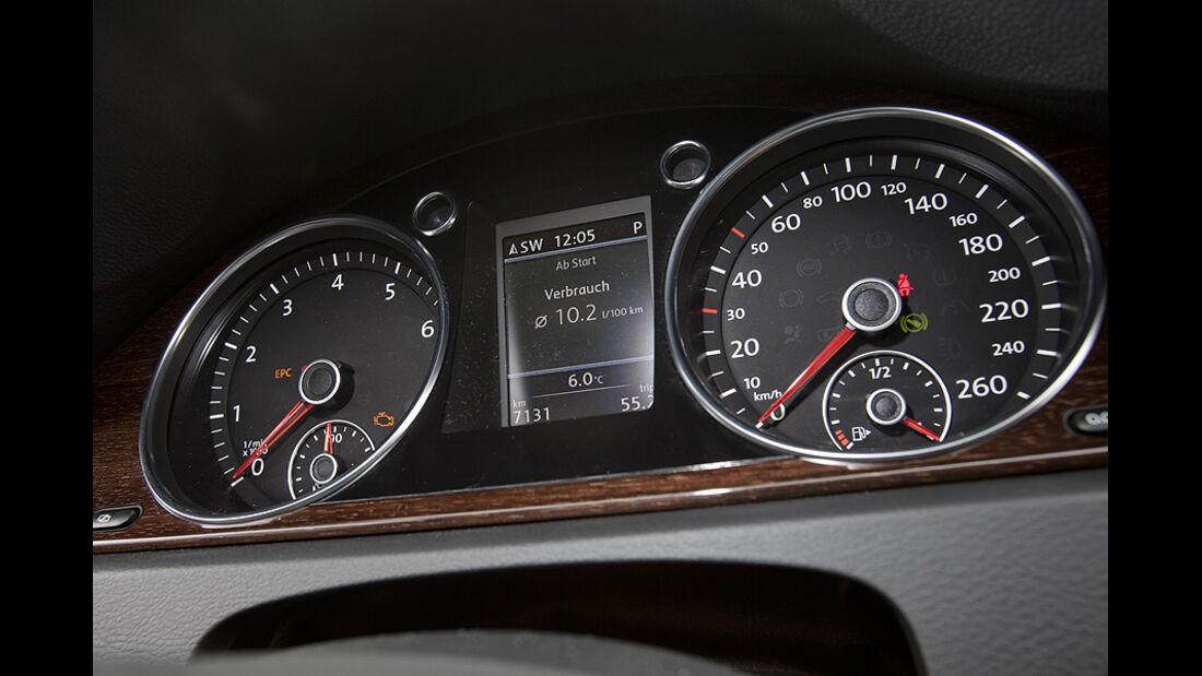 0111, ams 02/2011, VW Passat 1.8 TSI Limousine, Instrumente, Tacho