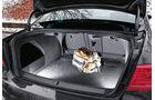 0111, ams 02/2011, VW Passat 1.8 TSI Limousine, Kofferraum