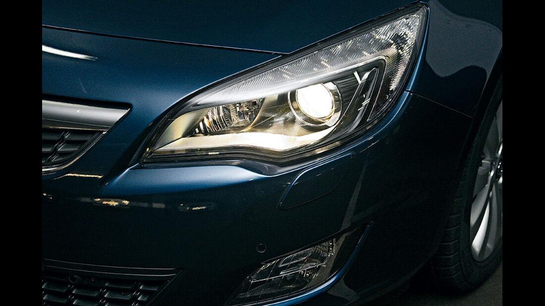 0111, ams 03/2011, Lichttest, Scheinwerfer Opel Astra