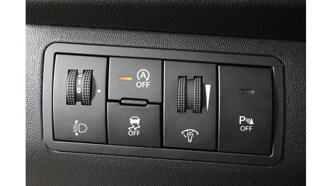 0111, ams 25/2010, Hyundai ix20 Blue 1.6 Comfort, ESP Schalter