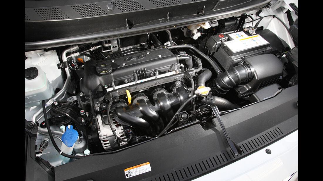 0111, ams 25/2010, Hyundai ix20 Blue 1.6 Comfort, Motor