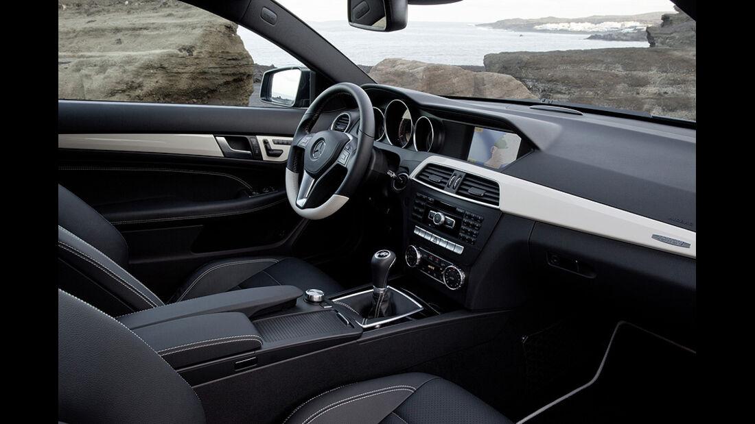 02/11 Mercedes C-Coupé, Innenraum