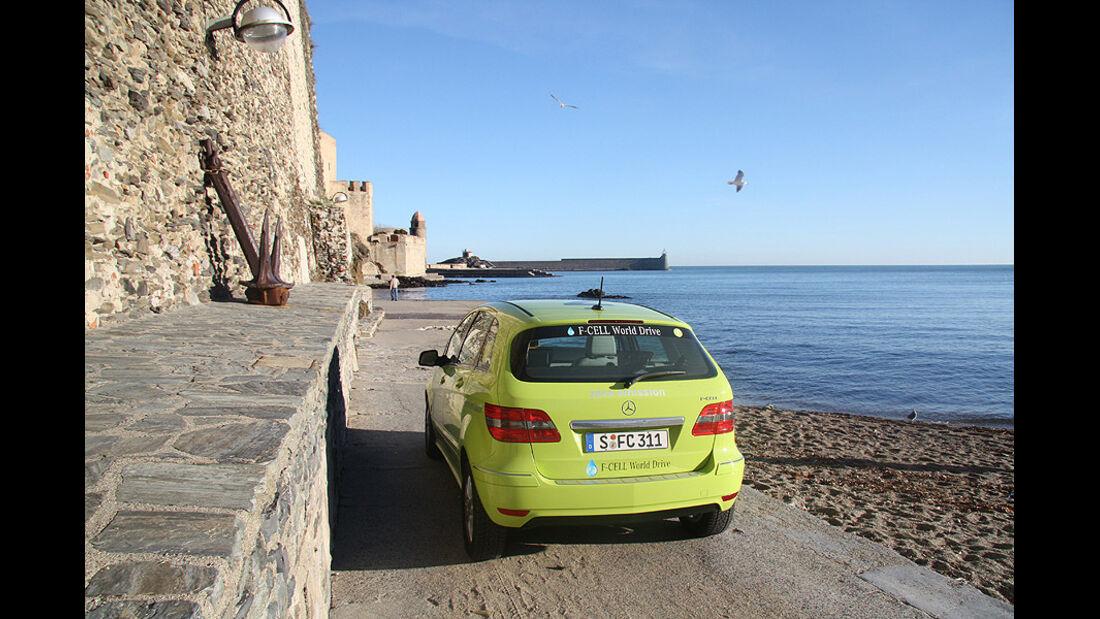 02/11 Mercedes F-Cell World Drive. 5.Etappe Perpignan - Barcelona, Mercedes B-Klasse, Brennstoffzelle