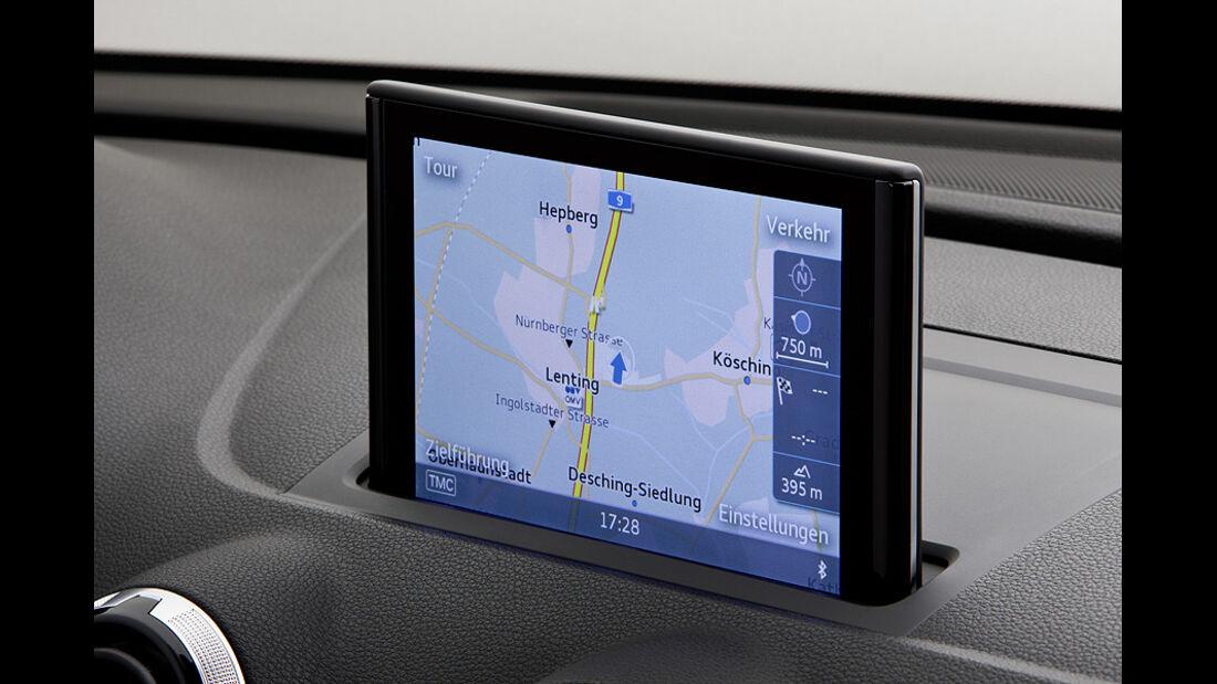 02/2012 Audi A3 , MMI Display