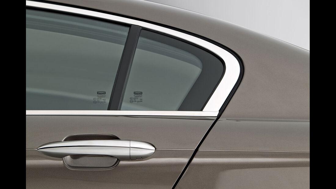 02/2013, Qoros 3 Sedan, Heckfenster