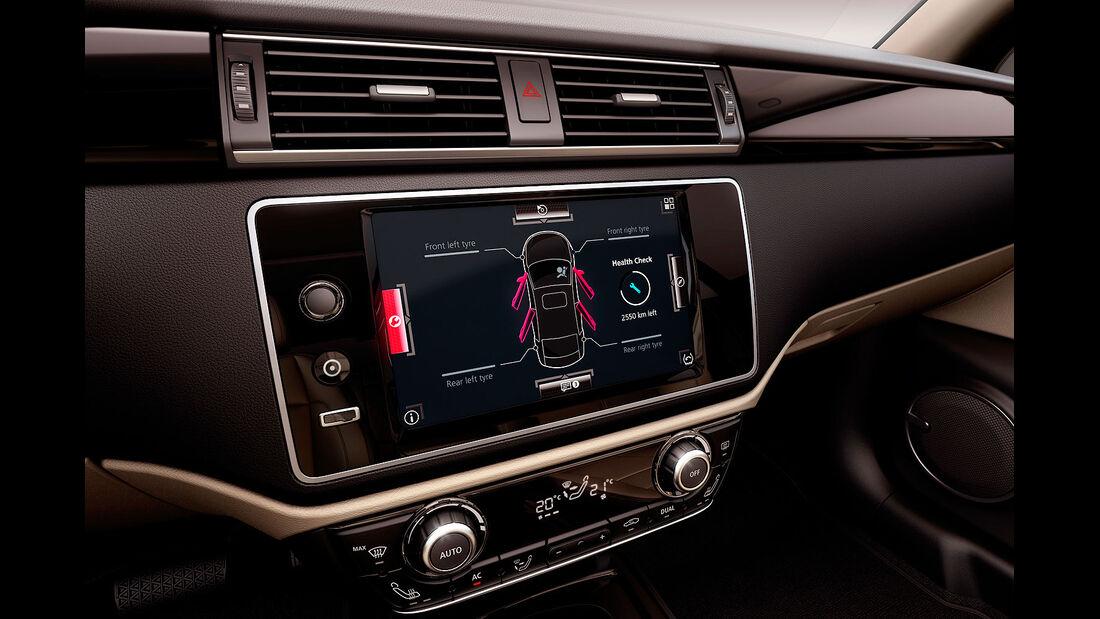 02/2013, Qoros 3 Sedan, Monitor mittelkonsole
