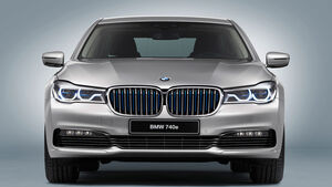02/2016 BMW 740e iPerformance