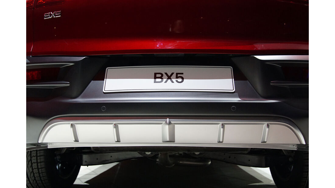 02/2016, Borgward X5