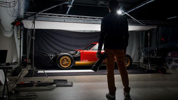 02/2019, Disintegrating X - Lamborghini Miura SV
