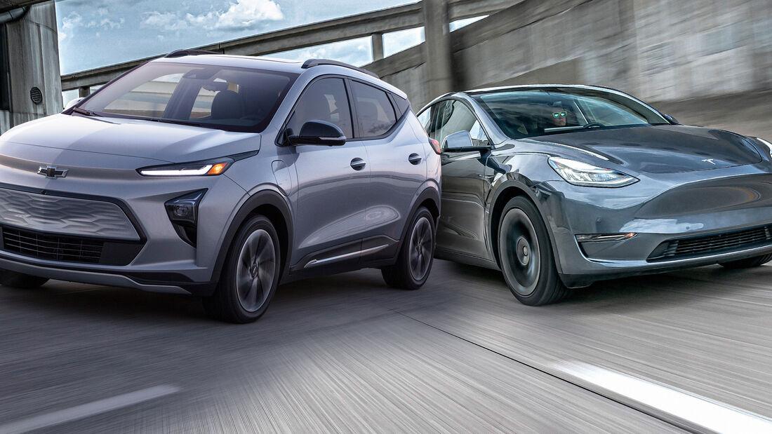 02/2021, Chevrolet Bolt EUV vs Tesla Model Y