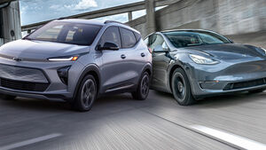 02/2021, Chevrolet Bolt EUV vs Tesla Model Y