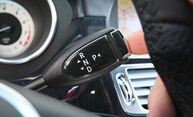 03/11 aumospo 07/2011 Mercedes CLS 350, Automatikwählhebel