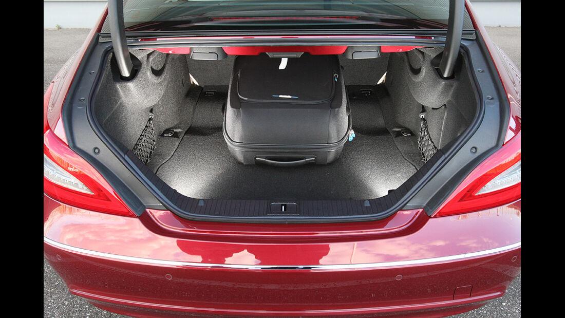 03/11 aumospo 07/2011 Mercedes CLS 350, Kofferraum
