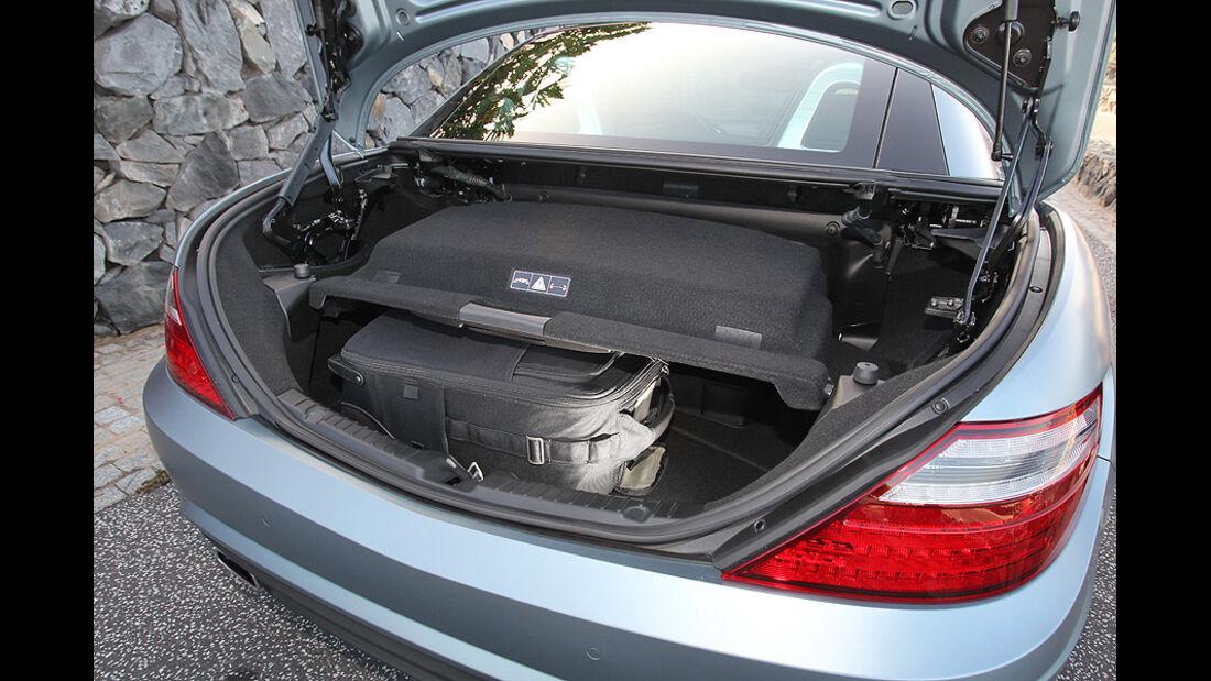 03/11 aumospo 07/2011 Mercedes SLK 350, Cabrio, Roadster, Kofferraum
