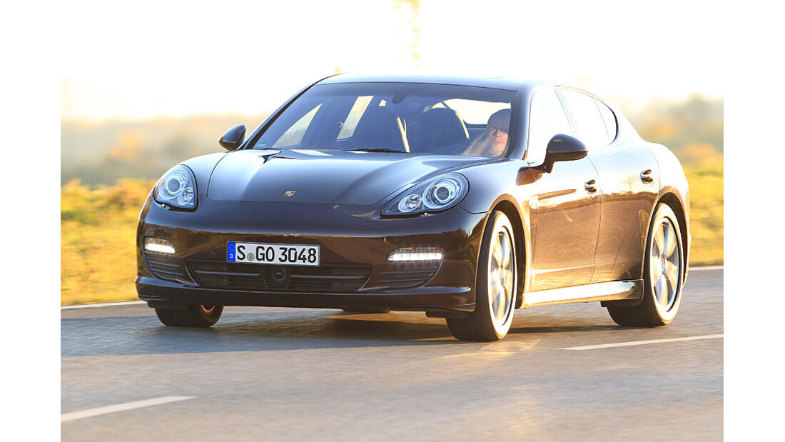 03/11 aumospo 07/2011  Porsche Panamera