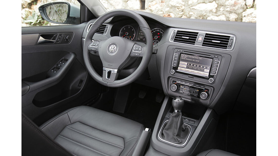 03/11 aumospo05/2011 VW Jetta, Innenraum
