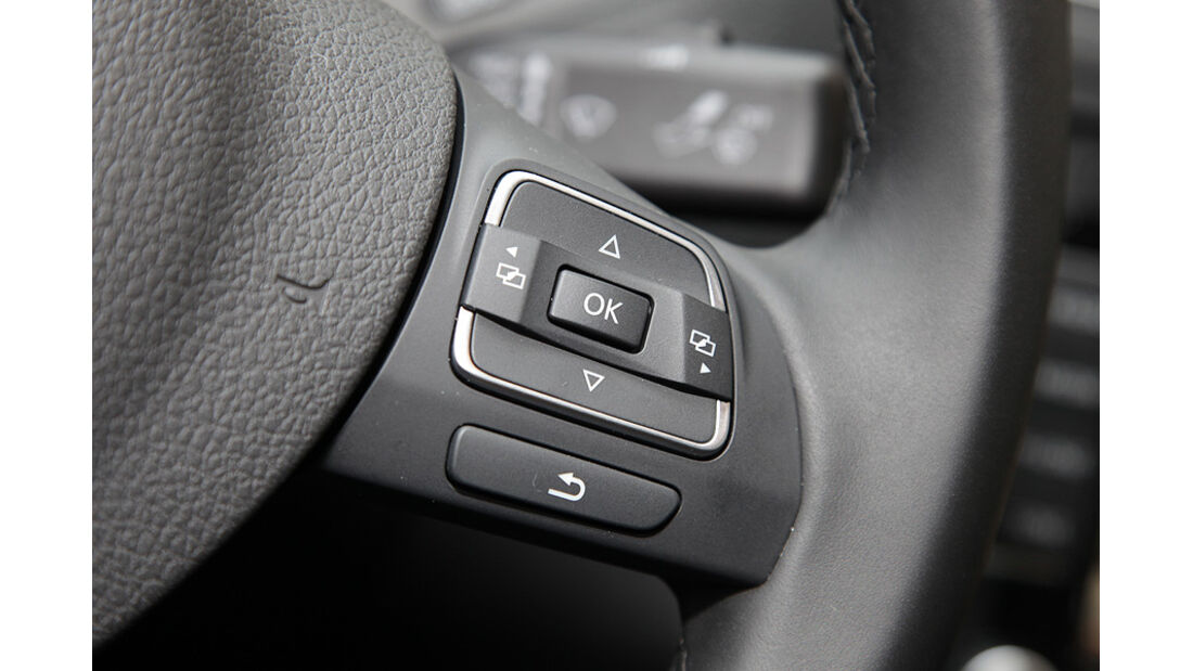 03/11 aumospo05/2011 VW Jetta, Lenkradfernbedienung