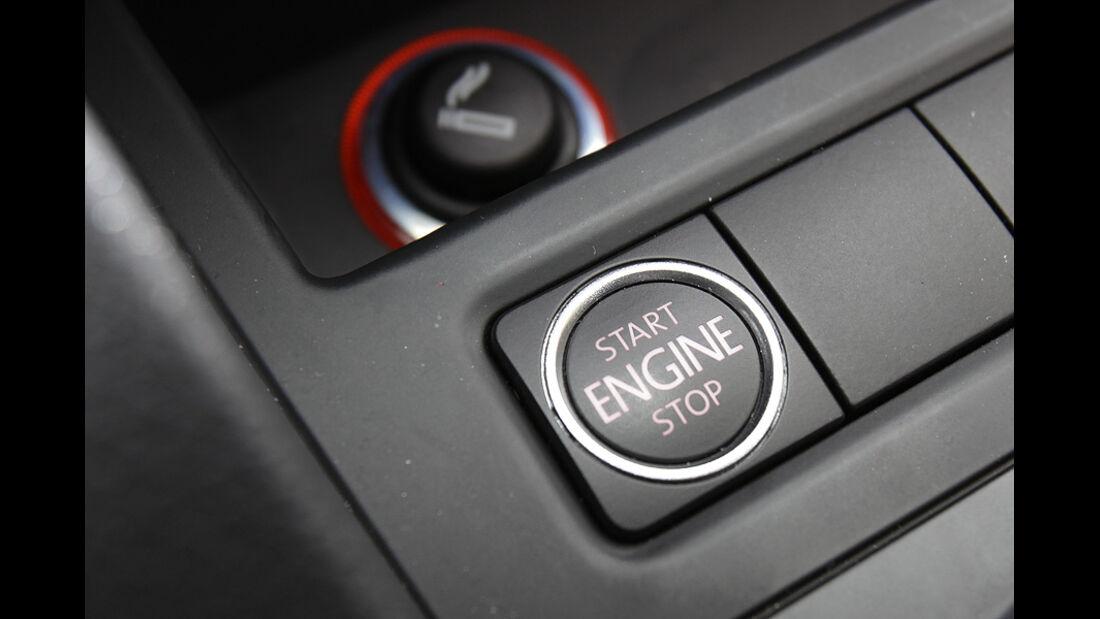 03/11 aumospo05/2011 VW Jetta, Start-Stop-Knopf