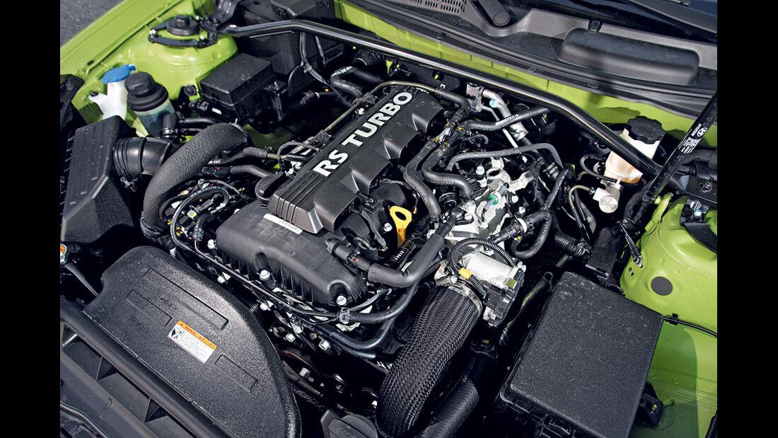 03/11 aumospo06/2011 Hyundai Genesis Coupé 2.0T,Motor