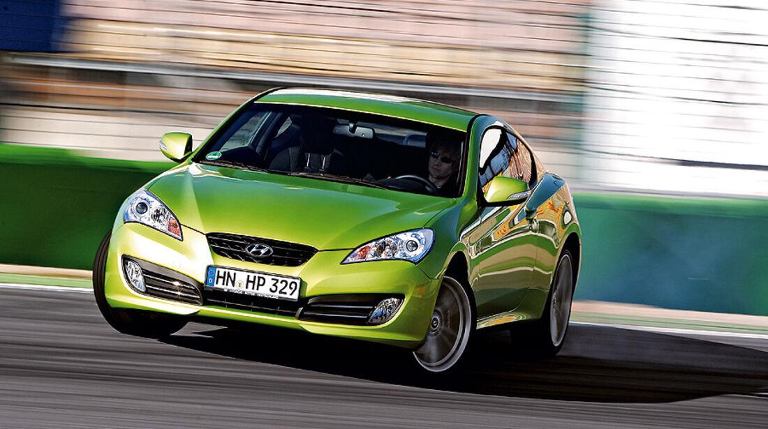 03/11 aumospo06/2011 Hyundai Genesis Coupé 2.0T