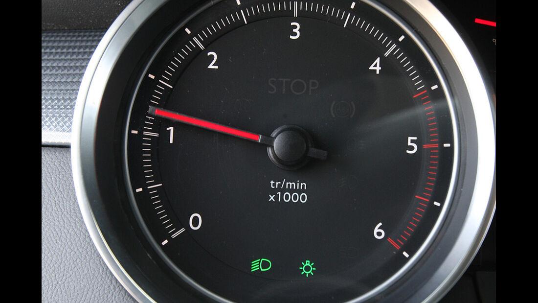 03/11 aumospo06/2011 Peugeot 508 140 Hdi, Drehzahlmesser