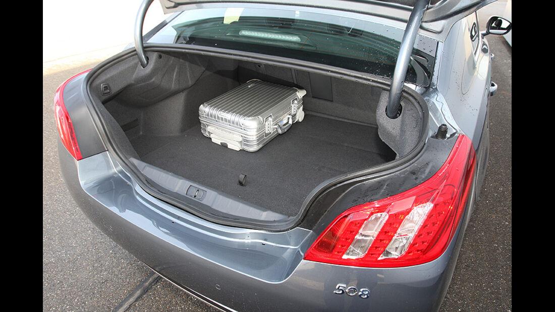 03/11 aumospo06/2011 Peugeot 508 140 Hdi, Kofferraum
