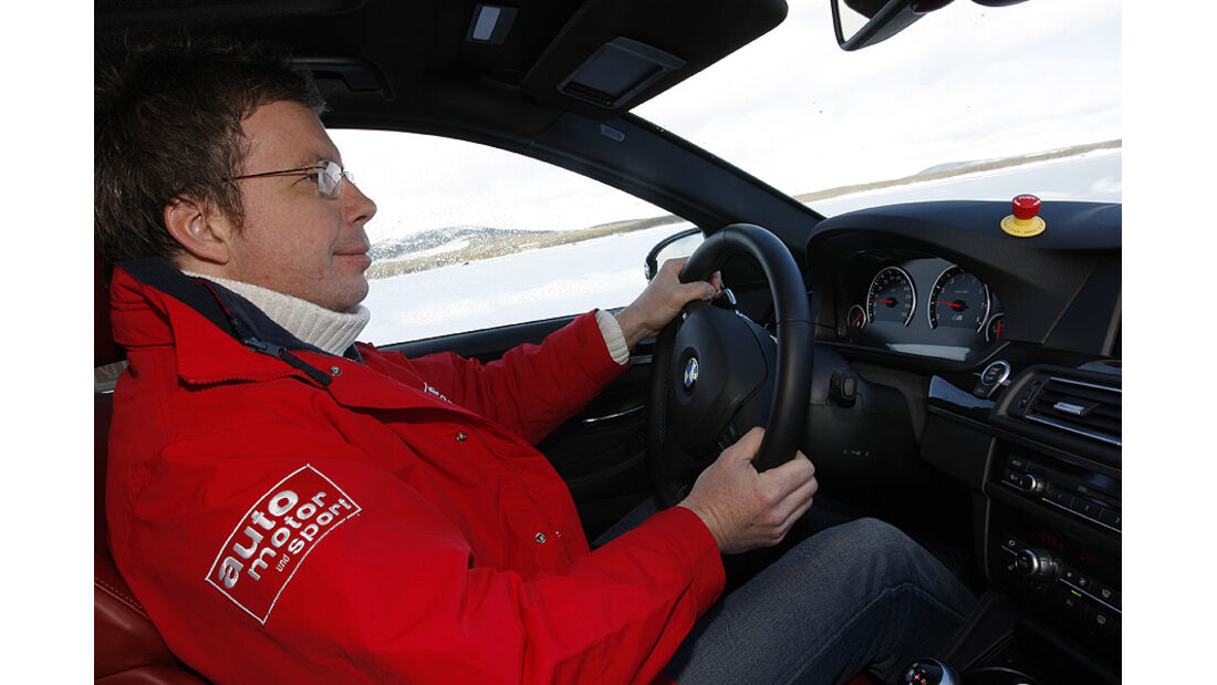03/2011 BMW M5 Fahrbericht, Wintererprobung, Innenraum, Dirk Gulde