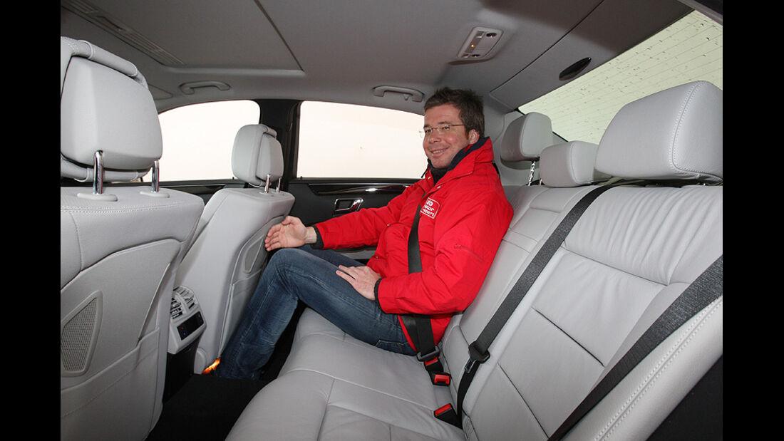 03/2011 Mercedes E 350CDI, aumospo 06/2011, Allrad, Fond, Rücksitze