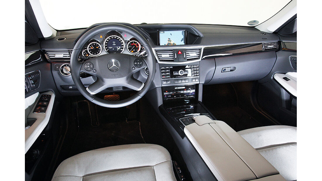 03/2011 Mercedes E 350CDI, aumospo 06/2011, Allrad, Innenraum