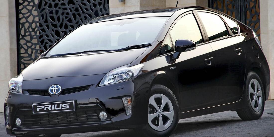 03/2014, Toyota Prius Japan