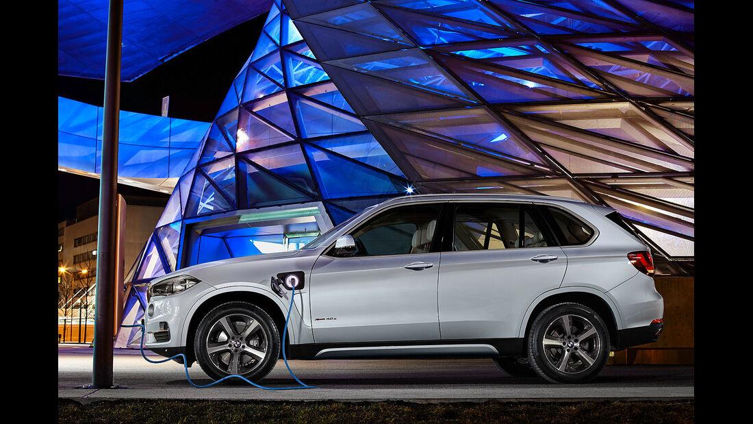 03/2015 BMW X5 xDrive40e 15.03.2015 0000 Uhr