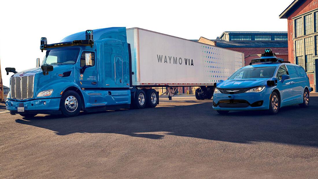 03/2020, Peterbilt und Chrysler Pacifica von Waymo