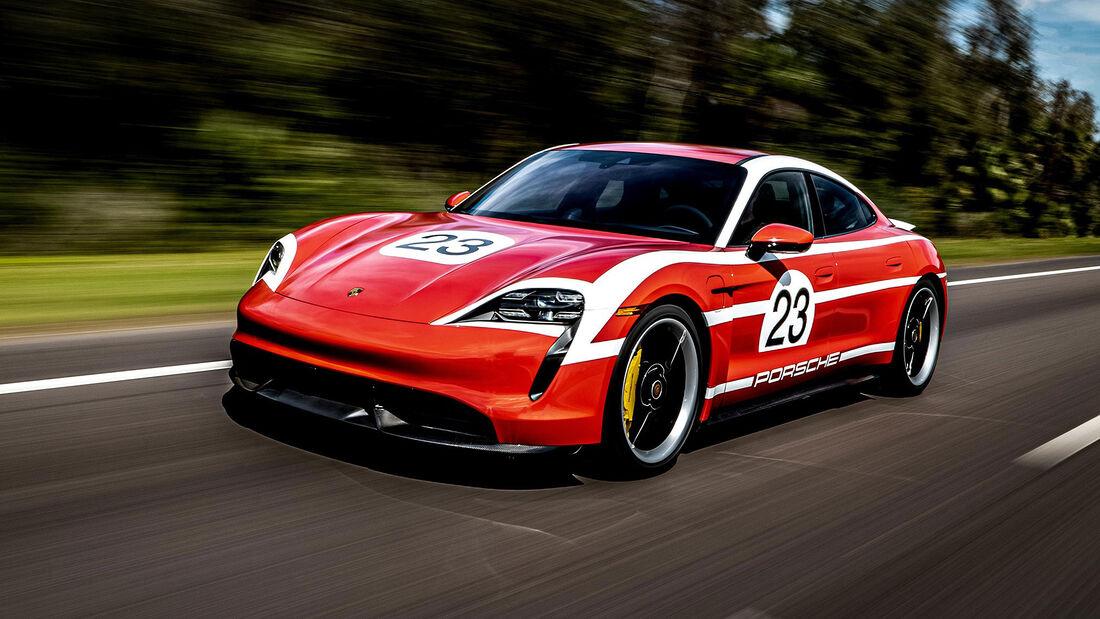 03/2020, Porsche Taycan mit Retro-Motorsport-Lackierung