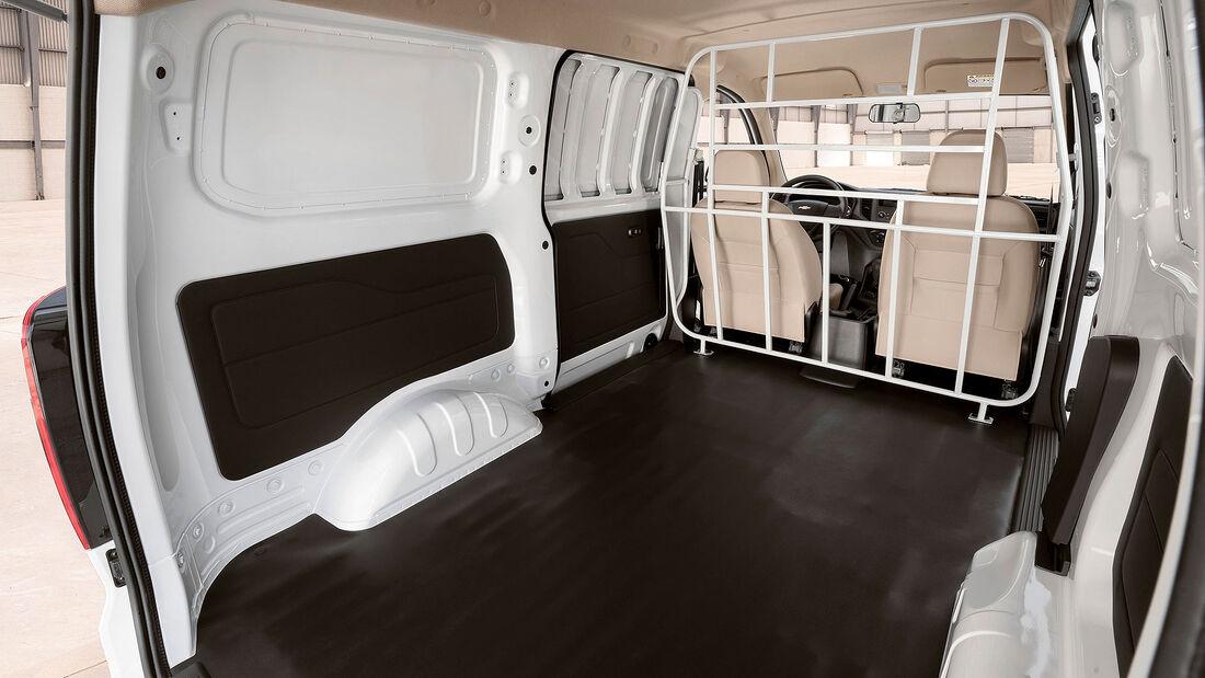03/2022, 2022 Chevrolet Tornado Van