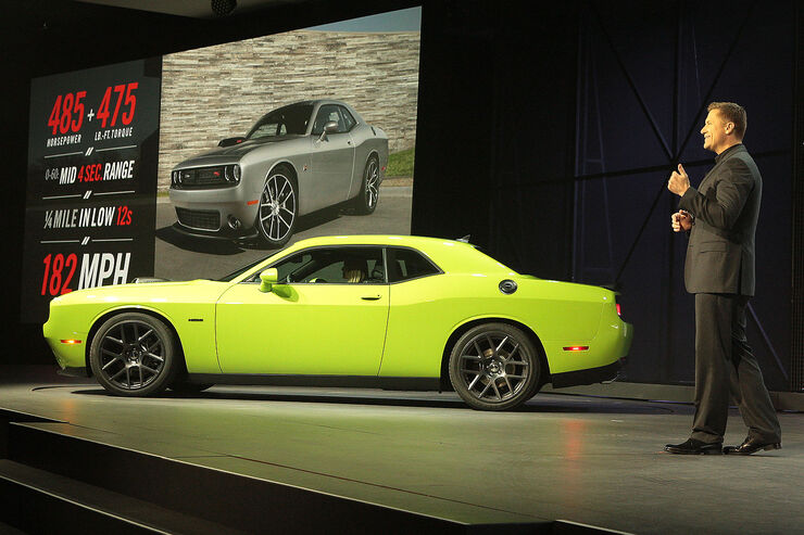 04/2014 New York Auto Show Dodge Challenger facelift