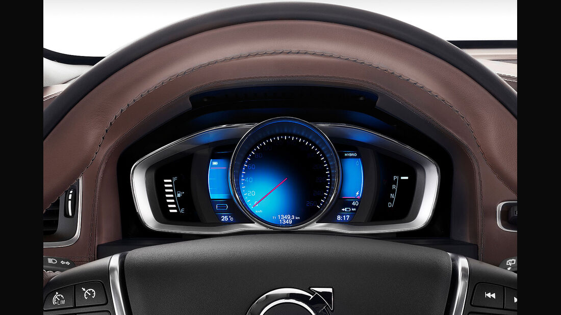 04/2014 Volvo S60L Petrol Plug-in Hybrid