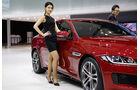 04/2015 Girls Seoul Motor Show