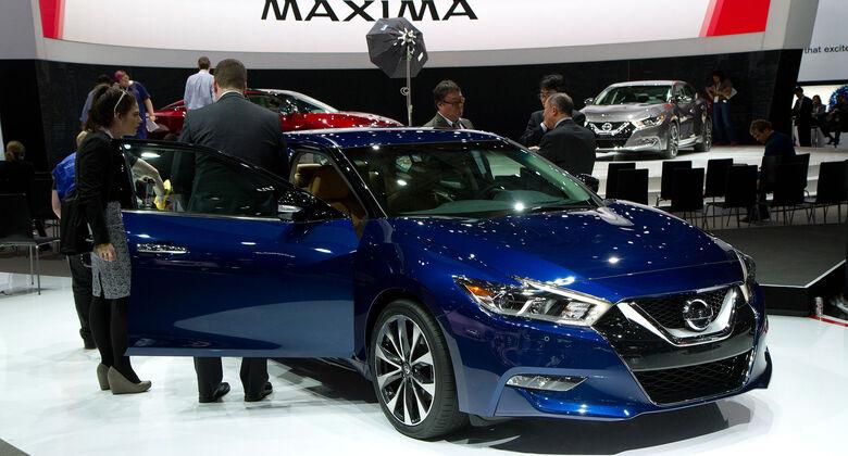 04/2015 Nissan Maxima New York Auto Show