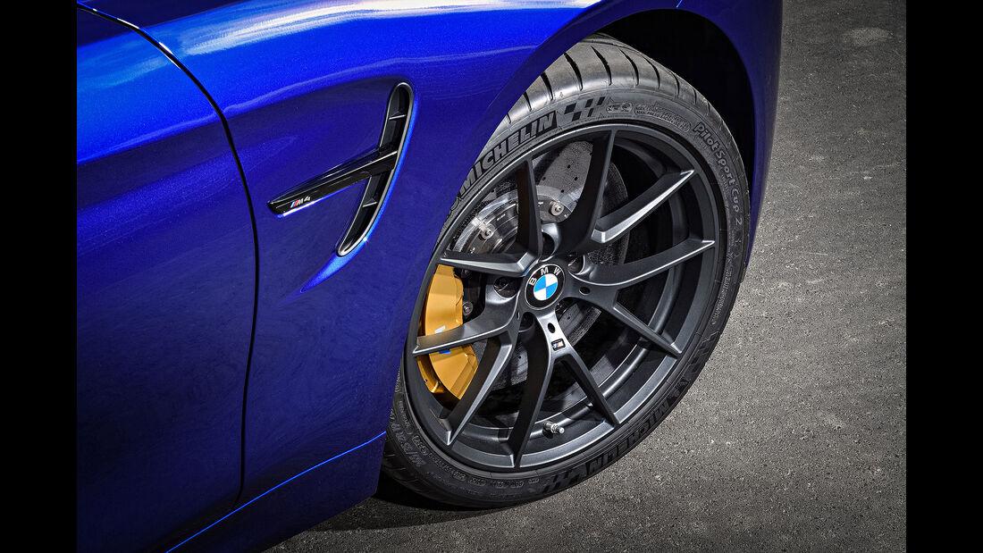 04/2017 BMW M4 CS