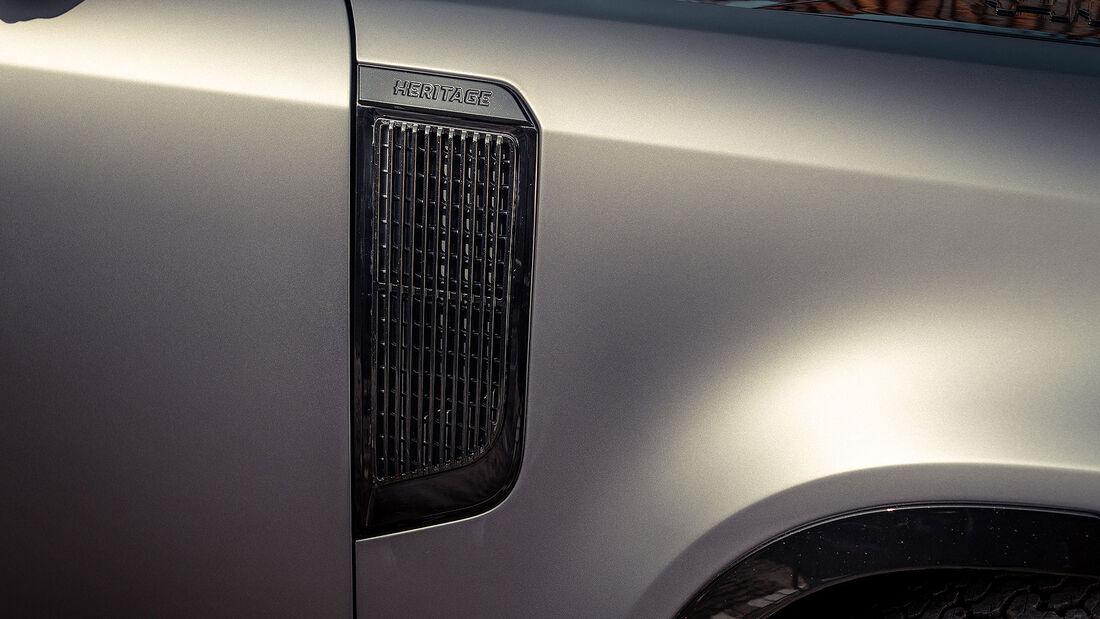 04/2021, Heritage Customs Valiance auf Basis Land Rover Defender